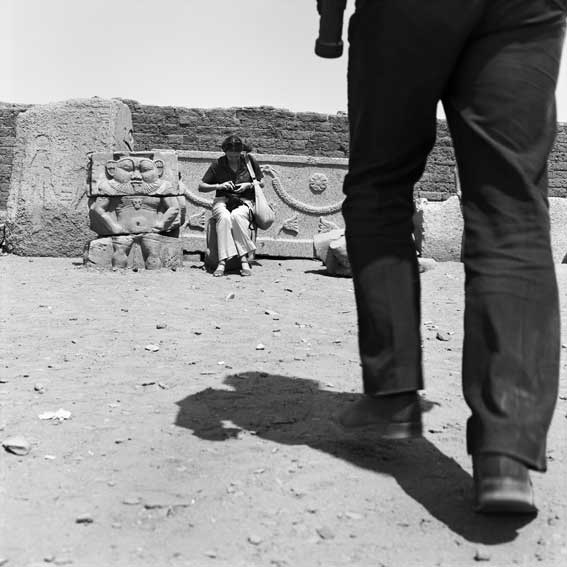 27 mars 1981. Denderah, Egypte © Denis Roche