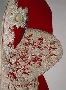 10 décembre au 2 mars 2009 > Londres, Victoria and Albert Museum : Magnificience de Tsars. Habits d'apparat de la cour impériale de Russie 1721–1917