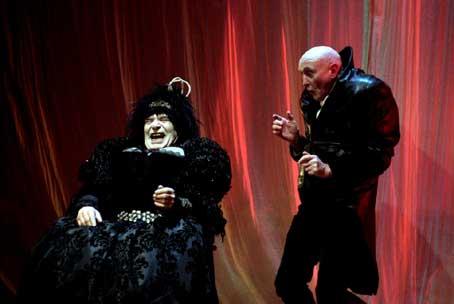 L'Homme qui rit par le Footbarn Theatre © DR