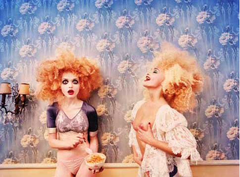 David LaChapelle, Milk Maidens, série Excess, 1996