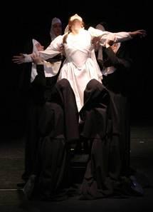 4 au 7 mars, La Religieuse. Mise en scène Caroline Boisson, au Théâtre de l'Iris à Villeurbanne