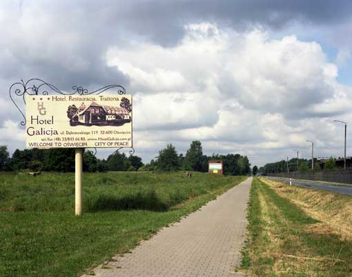 City of Peace, Oswiecim – Zone concentrationnaire IG Farben – Monowice, juin 2008