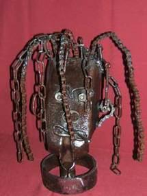 28 avril au 31 mai, Exposition de Sculptures : « Ils sont fous ces outils ! » avec Jean Marc Brunet, ferronnier d'art, salle d'exposition de l'Office de Tourisme de Lans en Vercors