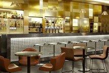 juin 09, Le café Atlantic (Méridien Montparnasse) se lance dans la programmation musicale avec les rendez-vous mensuels 'blues'up'. Paris