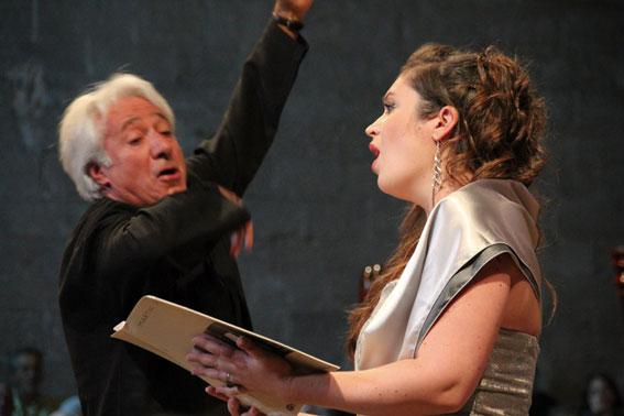 Le chef Michel Piquemal  sera passionnément présent le 15 août pour le Requiem de Verdi