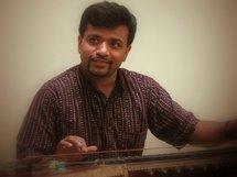 25 septembre, « Carnatica brothers » K. N. Shashikiran et P. Ganesh et leurs musiciens Gottuvadhyam et chant carnatique (Inde du sud)