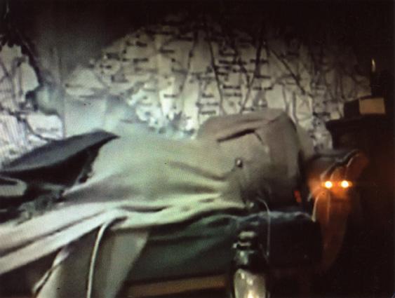 La Fuite ! de Mikhaïl Boulgakov. Mise en scène de Macha Makeïeff. Théâtre de La Criée, Marseille, du 6 au 20 Octobre 2017