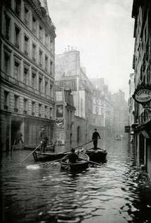 13 janvier au 7 mars. C'était il y a 100 ans… La grande crue de 1910. Paris inondé vu par le Journal des Débats, au Louvre des Antiquaires, Paris