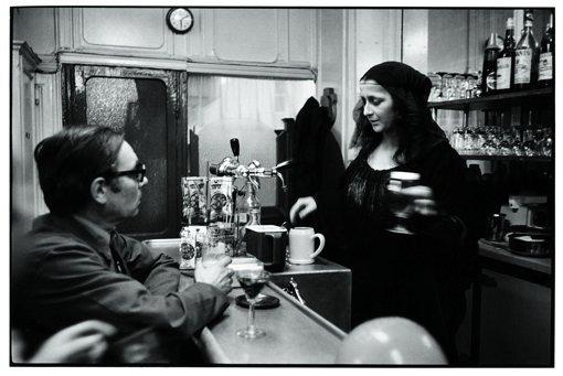 © Michel Maïofis, 1943 -  La Joconde - Café Mont Lozère - Beaubourg Paris.