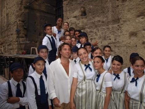 Le chœur Asmarã avec Roberto Alagna, chorégies d'Orange 2010