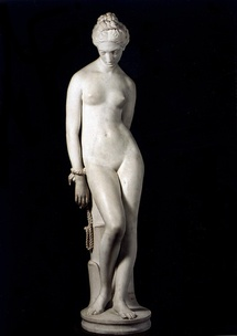 Jeune Captive Enchainee © F. Teschner Studio / Sculpture : musée de Valence