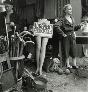 Willy Ronis, Marché aux puces, 1948. Tirage argentique 40 x 30 cm © Ministère de la culture et de la communication