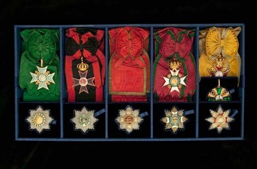 19.01.11 > 29.05.11 : Ecrins impériaux, l'exposition événement au musée national de la Légion d'honneur et des ordres de chevalerie, Paris