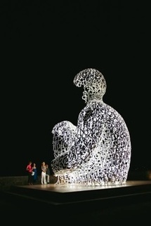 Jaume Plensa, Nomade, 2007, Antibes Photo © Laura Medina © Adagp, Paris, 2010