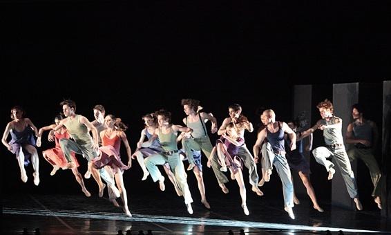 Béjart Ballet Lausanne danse Syncope et Dionysos ( suite ), Salle Zinga Zanga à Béziers, les 8 et 9 février 2011