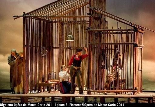 Rigoletto à l'Opéra de Monte-Carlo, prise de rôle réussie pour Nathalie Manfrino, par Christian Colombeau