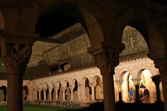 Abbaye de Saint-Michel de Cuxà / Codalet © Pierre Aimar