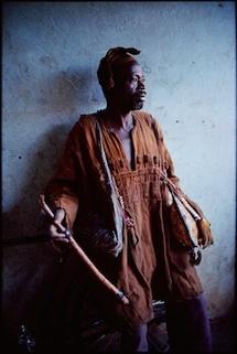 /Philippe Bordas, Les chasseurs du Mali à la Galerie Photo Fnac Forum des halles, Paris, du 18 octobre au 21 décembre 2011
