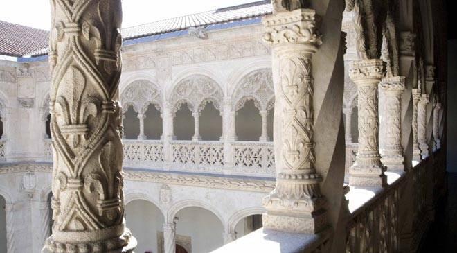 Détail de la galerie supérieure du cloître du Colegio de San Gregorio, Valladolid © Ministerio de Cultura
