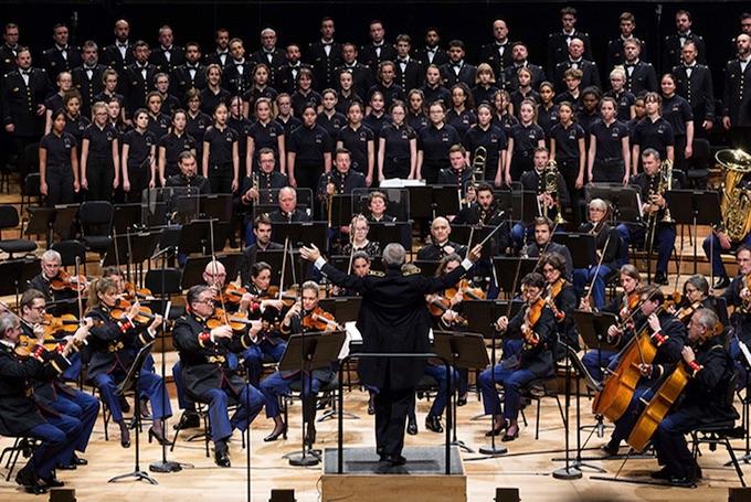 Orchestre de la Garde républicaine, François Boulanger direction, Chœur de l'Armée française, Maîtrise des Hauts-de-Seine, Lucienne Renaudin-Vary, trompette