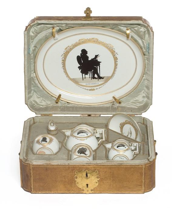 Déjeuner solitaire — Manufacture de Meissen 1780/1790 © MAD Paris / Jean Tholance