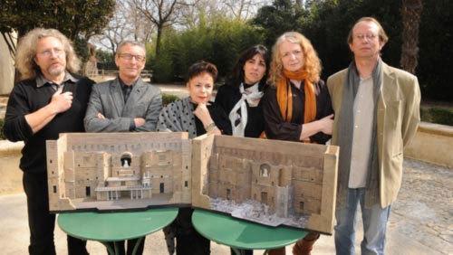 De gauche à droite : Dominique Lebourges (scénographe de Turandot), Charles Roubaud (metteur en scène de Turandot), Katia Duflot (costumière de Turandot et de La Boheme), Emmanuelle Favre (scénographe de La Boheme), Nadine Duffaut (metteur en scène de La Boheme) et Philippe Grosperrin (éclairagiste de La Boheme) © DR