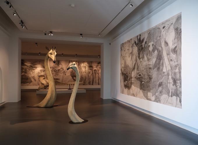 Girafe -  bronze - Autruche V, h176 x 50 x 40cm, bronze, 2018
