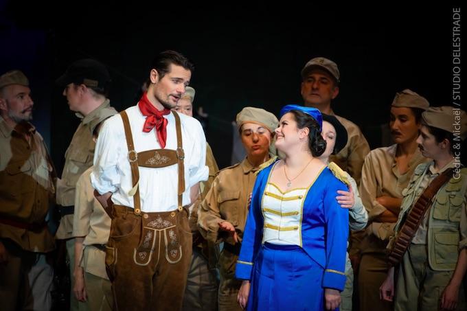 Shirley et Dino revisitent Donizetti et sa Fille du Régiment