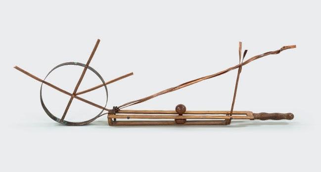 Alberto Giacometti / Martial Raysse Objet surréaliste, 1932-2015 © Succession Alberto Giacometti