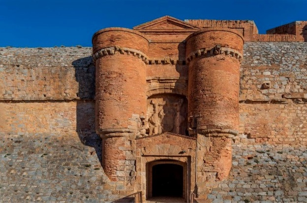 Le Centre des monuments nationaux présente la programmation culturelle de juillet à octobre 2020 de la forteresse de Salses