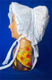 Exposition « Ca décoiffe au musée ! Coiffes et  couvre-chefs », Musée du Biterrois, Béziers, du 13 décembre 2012 au 13 avril 2013