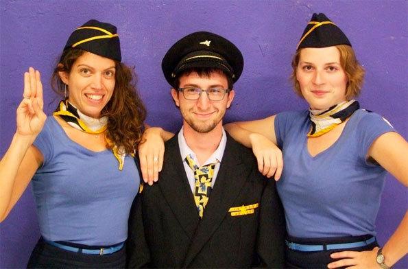 Aérotrip - Voyage Burlesque, Cie Kérozène, au théâtre Les Allumés de la Lanterne, Lyon, du 17 au 22 décembre 2012