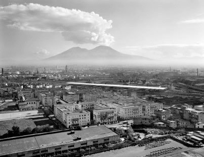 Napli, Italy, 2004 © Gabriele Basilico