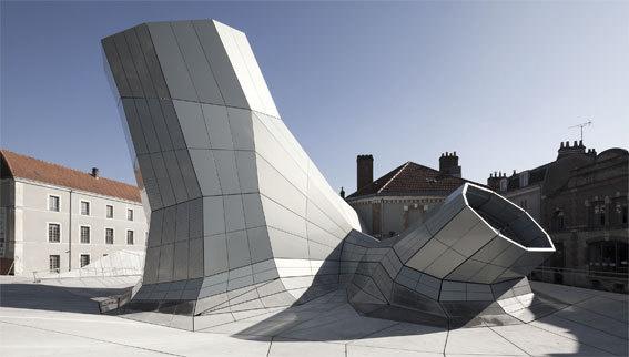 Les Turbulences - FRAC Centre. Photographie de chantier, Orléans, 2013, Jakob + MacFarlane © Nicolas Borel