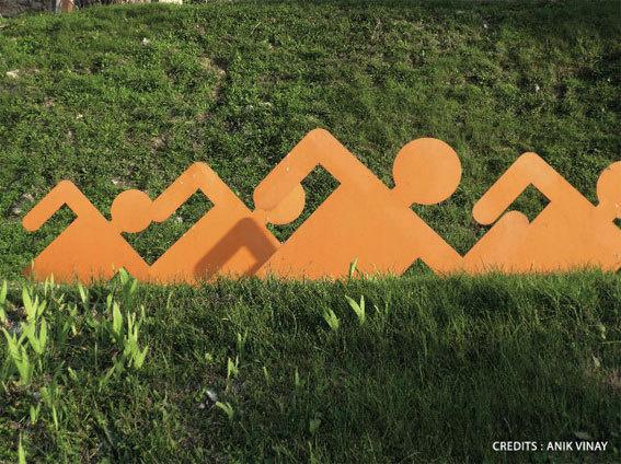 Le Cheminement de Sculptures et ses animations à Gigondas, Vaucluse, du 1er juin au 31 août 2013