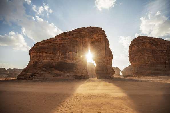 Jabal Alfil, le rocher de l'éléphant.