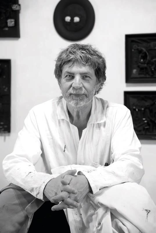 Portrait de Philippe Favier dans son atelier, 2020 © Musée de Valence, photographie Emmanuel Georges