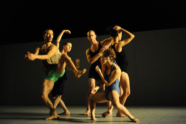 Sadeh 21 Batsheva Dance Cie © Gadi Dagon