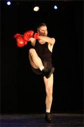 Tain-Tournon. Fatus, Un clown moderne, Grand Prix du Festival 2003  au 25ème Festival National des Humoristes