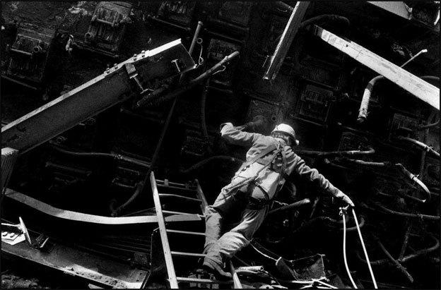 Démantèlement, Joeuf, 1991 © Philippe Lopparelli / Tendance Floue