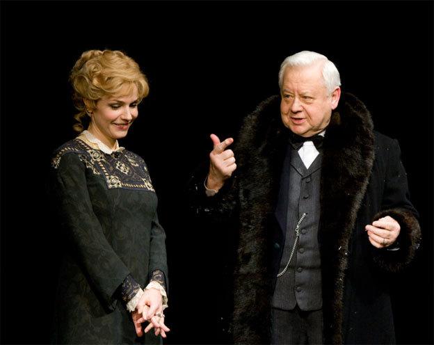 Marina Zoudina et Oleg Tabakov dans La Dernière Victime © DR