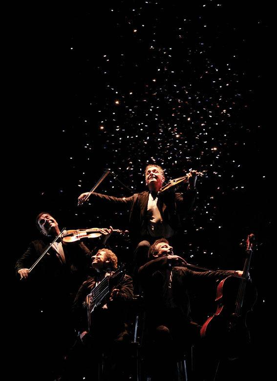 Le Quatuor, humour musical, interprète « Bouquet final », à Romans, les 15 février et 16 février 2014