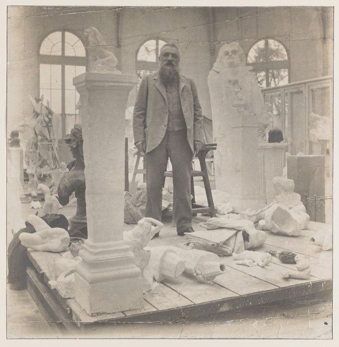 Rodin dans son atelier au milieu de ses oeuvres en plâtre, Druet Eugène,épreuve gélatinoargentique