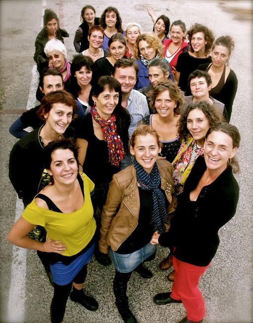 Festival Labeaume en Musiques présente Madalena, chœur populaire féminin des Pays d'Oc, le 6 février 2016 à Meyras ; le 7 aux Vans