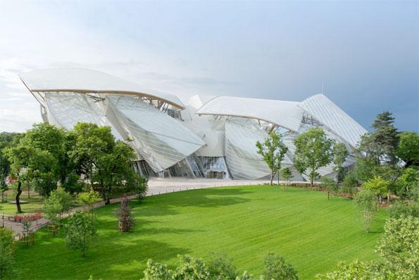 Daniel Buren, « L'Observatoire de la lumière ». Travail in situ. Fondation Louis Vuitton, Paris, à partir du 11 mai 2016
