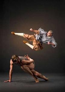 Alonzo King's Lines Ballet et les moines Shaolin. © DR