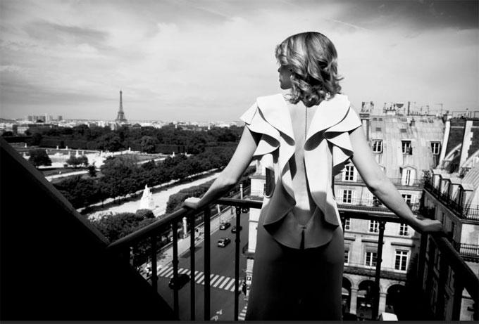 Exposition du photographe star Roger Neve à l'Hôtel Regina Paris. Du 28 septembre au 28 décembre 2016