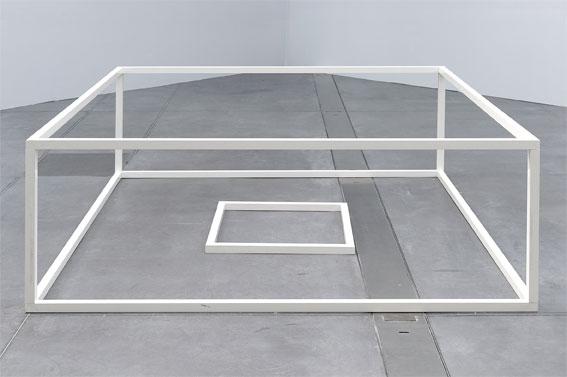 Sol Lewitt, Serial Project n°1 (ABCD) A4, 1966. Collection Institut d'art contemporain, Rhône-Alpes. Photo © Blaise Adilon. © ADAGP, Paris, 2017