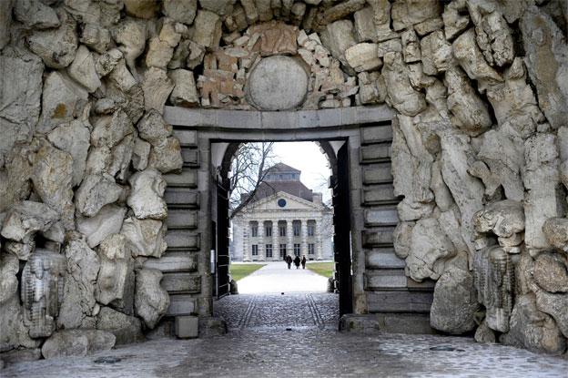 Grotte d'entrée de la Saline Royale