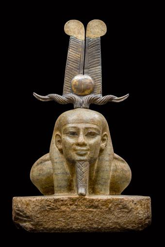 Oil lamp, Thonis-Heracleion, Bay of Aboukir, Egypt (SCA 1568). Christoph Gerigk © Franck Goddio, Hilti Foundation